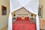 Guest double bedroom.